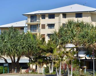 Mantra Hervey Bay - Urangan - Building
