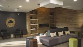 Country Inn & Suites by Radisson, Niagara Falls ON - Niagarafallene - Lounge