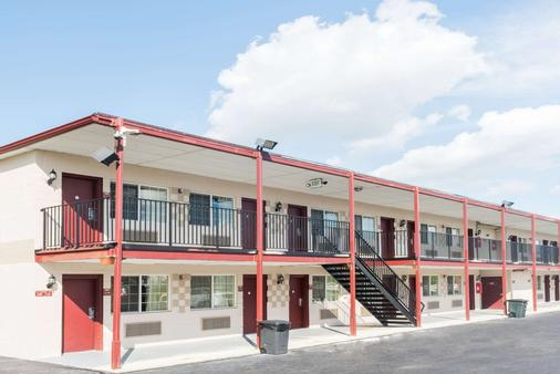 Travelodge by Wyndham Grove City / So. Columbus - Grove City - Κτίριο