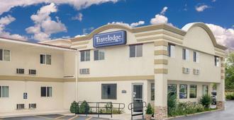 Travelodge by Wyndham Lima OH - Lima - Edificio