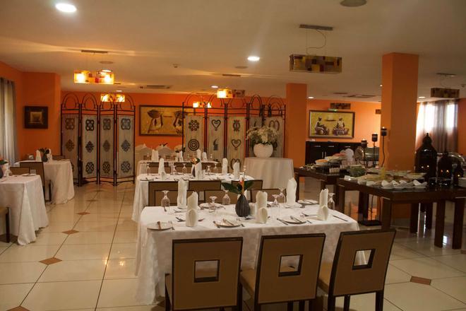 Oak Plaza Hotel, East Airport - Accra - Ravintola