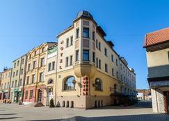 Hotel Bartis - Bartoszyce - Edificio
