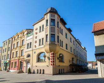 Hotel Bartis - Bartoszyce - Building