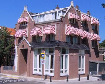 Hotel Mare Liberum - Egmond aan Zee - Building