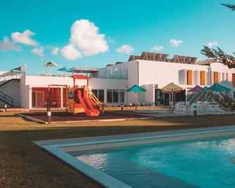 Ride Surf Resort & Spa - Ferrel - Pool