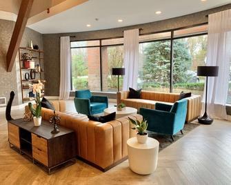 The Hub Middletown Red Bank, BW Signature Collection - Middletown - Sala de estar