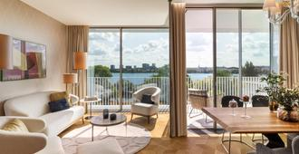 The Fontenay - Hamburg - Living room