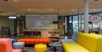 A&O Amsterdam Zuidoost - Amsterdam - Lounge