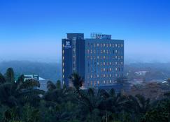 Batiqa Hotel Pekanbaru - Pekanbaru - Edificio