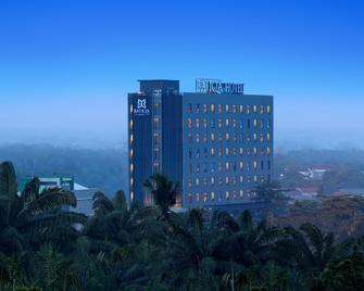 Batiqa Hotel Pekanbaru - Pekanbaru - Building