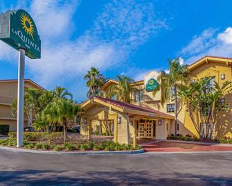 La Quinta Inn by Wyndham Tampa Bay Pinellas Park Clearwater - Pinellas Park - Building