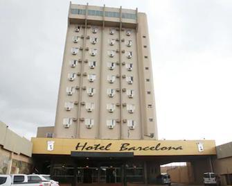 Hotel Barcelona - Punta Porá - Edificio