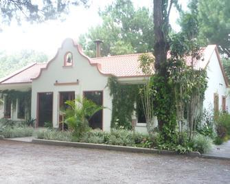 Hotel Casa Gaia - Coban - Building