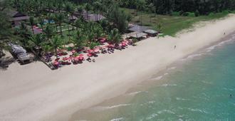 Andamania Beach Resort - Khao Lak - Playa