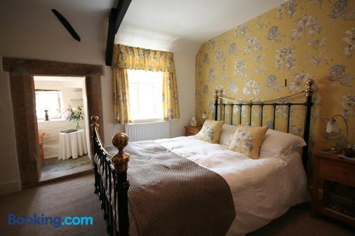 Reddivallen Farmhouse - Boscastle - Bedroom