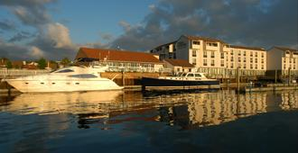 The Newport Harbor Hotel & Marina - Newport - Outdoors view
