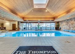 The Thompson Hotel - Kamloops - Piscina