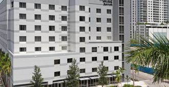 Fairfield Inn & Suites by Marriott Fort Lauderdale Downtown/Las Olas - Fort Lauderdale - Building
