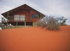Bagatelle Kalahari Game Ranch - Mariental - Outdoor view