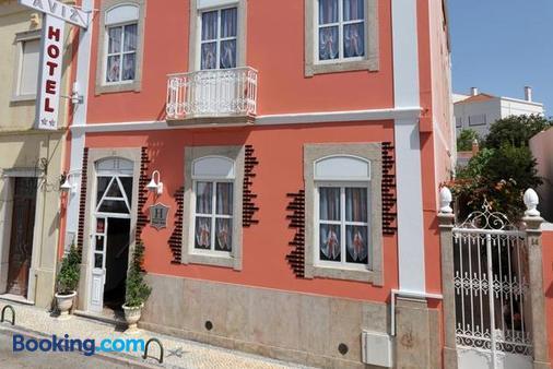 Hotel Aviz - Figueira da Foz - Building