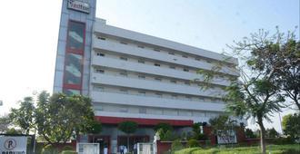 Red Fox Hotel, Jaipur - Jaipur