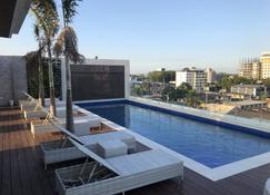 Apollonia Royale Hotel - Angeles City - Piscine