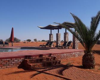 Kalahari Anib Lodge - Mariental - Außenansicht