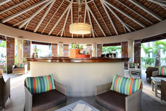 Veranda Palmar Beach Hotel - Belle Mare - Bar