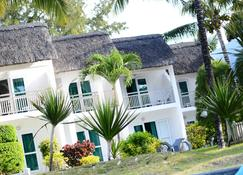 Veranda Palmar Beach Hotel - Belle Mare - Bygning