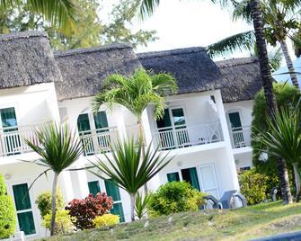 Veranda Palmar Beach Hotel - Belle Mare - Building