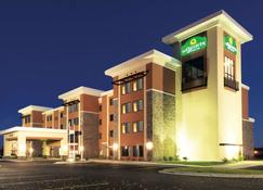 La Quinta Inn & Suites by Wyndham Billing - Billings - Κτίριο