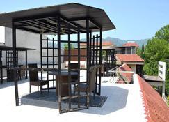 Gofas Lodge - Islamabad - Patio