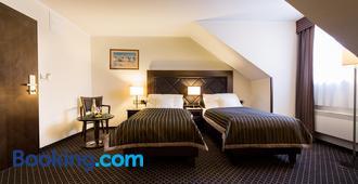 Hotel Selsky Dvur - Praga - Camera da letto