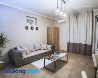 Jázmin Apartman - Mako - Living room