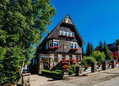 Hotel Hasselhof Superior - Braunlage - Rakennus
