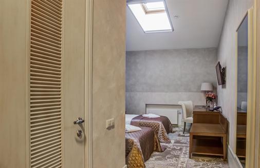 Duke Hotel - Odesa - Makuuhuone