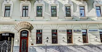 Duke Hotel - Οδησσός - Κτίριο