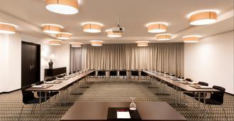 Adina Apartment Hotel Leipzig - Leipzig - Phòng họp