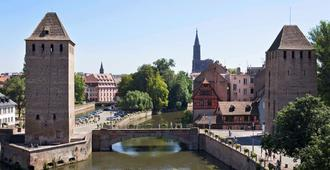 Ibis Budget Strasbourg Centre Gare - Estrasburgo - Vista del exterior