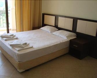 Regina Mare Apartments - Sinemorets - Bedroom