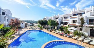 Aparthotel Nelva Resort - Cala en Porter - Pool