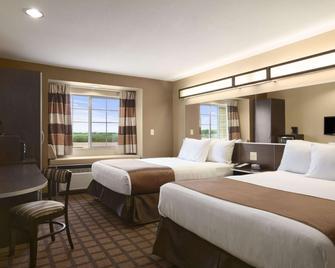 Microtel Inn & Suites by Wyndham Cotulla - Cotulla - Bedroom