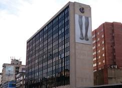 Hotel San Francisco Bogotá - Bogotá - Habitación