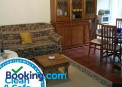 Casa da Beija - House Azores - Furnas - Wohnzimmer