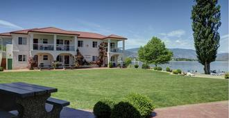 Sandy Beach Suites - Osoyoos - Gebouw