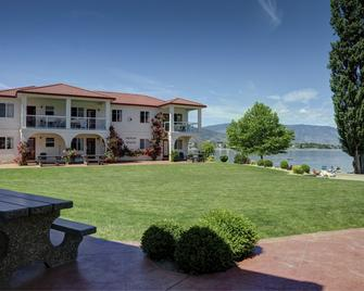 Sandy Beach Suites - Osoyoos - Κτίριο