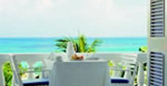 Jamaica Inn - Ocho Rios - Balcony