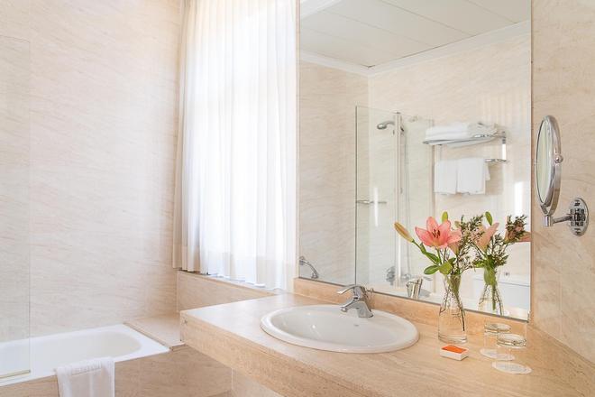 格拉納達英拉特拉酒店 - 格拉納達 - 浴室