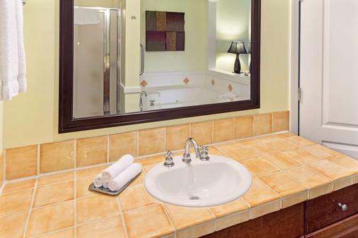 大海灘鑽石渡假村 - 奥蘭多 - 博偉湖 - 浴室