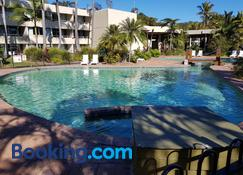 Moreton Island Villas and Apartments - Tangalooma - Pool